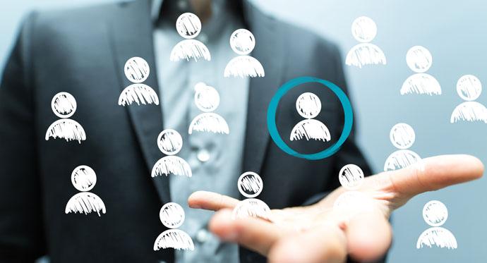 شناخت مشتری چه ارتباطی با استخدام مشاورین املاک مناسب دارد؟